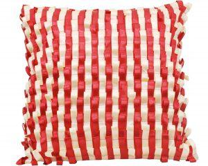Ленты на подушке