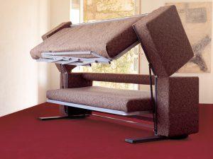 Трехспальный диван-кровать