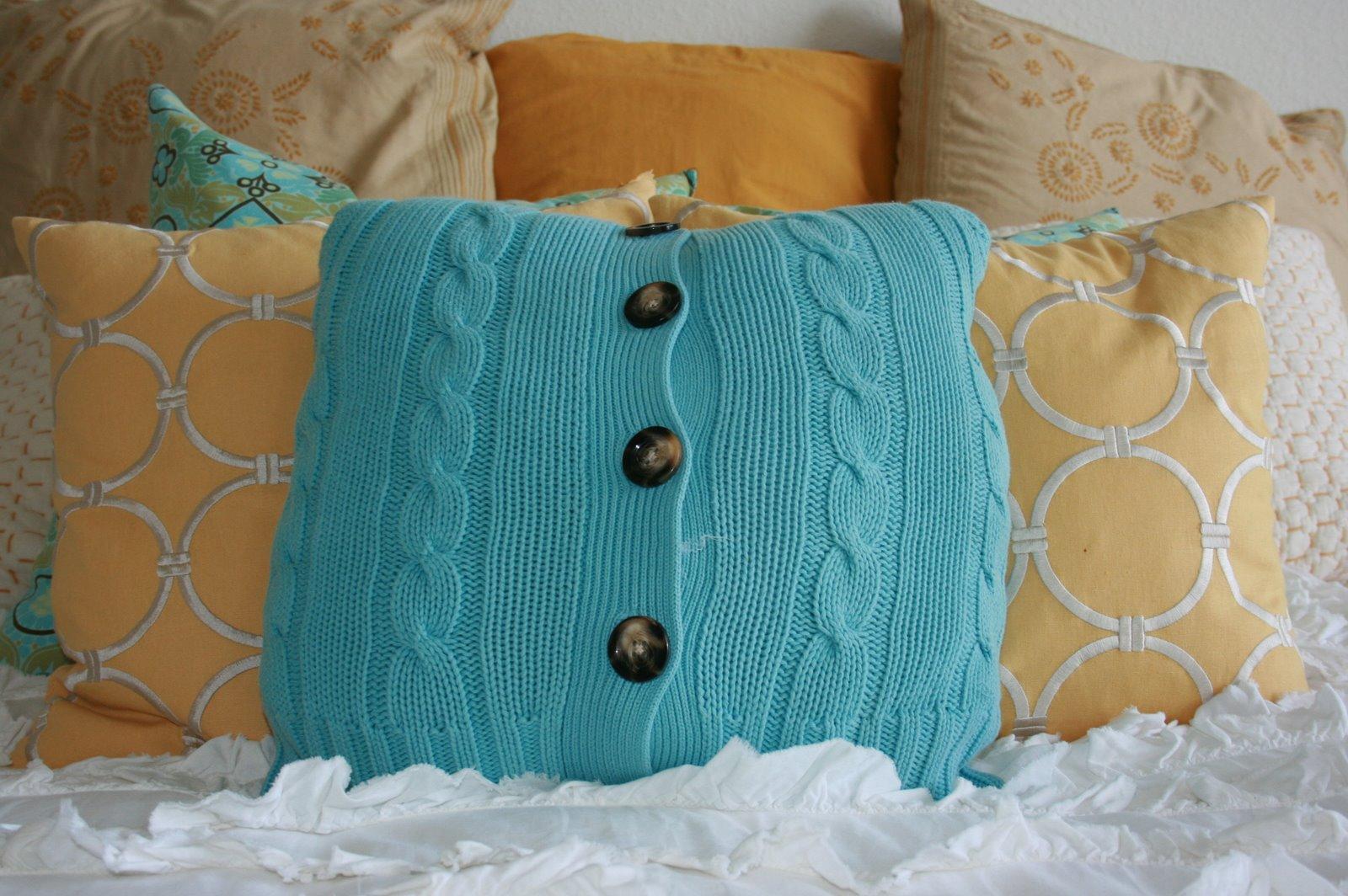 Подушки из старого свитера - 50 прекрасных идей 71