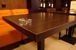 Практичный стол