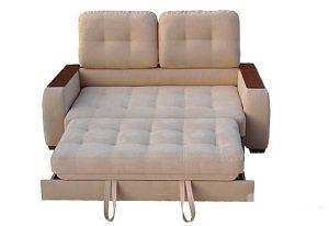 Светлый выкатной диван