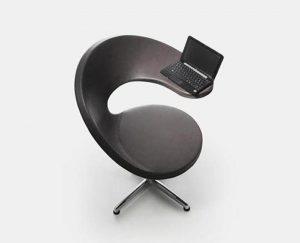 Кресло для работы за ноутбуком