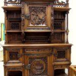Преимущества и недостатки антикварной мебели